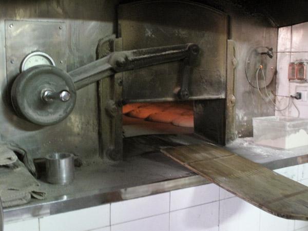 La memoria del pan historias gentes recetas pan page 8 - Hornos de lena planos ...